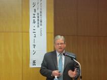 特別講演のニューマン氏(アメリカ飼料産業協会CEO、IFIF政策委員会委員長)