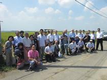 稲WCSの刈取り圃場を訪問