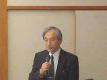 会議の司会進行役は工業会総務部長 熊谷孝二